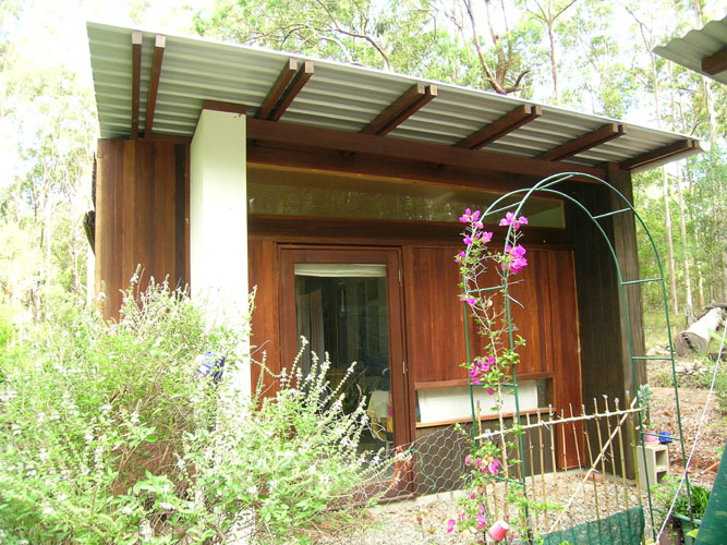 Bluegum wall cladding | Cabin | Gold Coast Architect